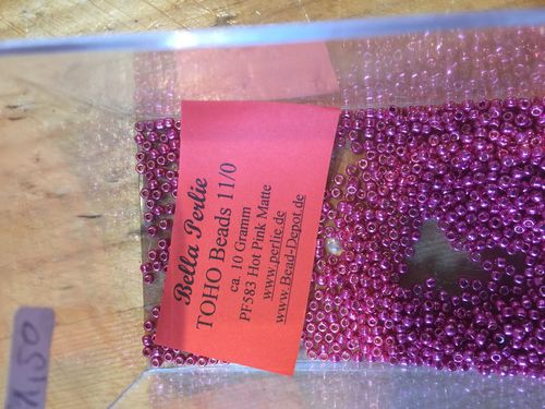 TOHO Beads 10 G PF583 Hot Pink Matte
